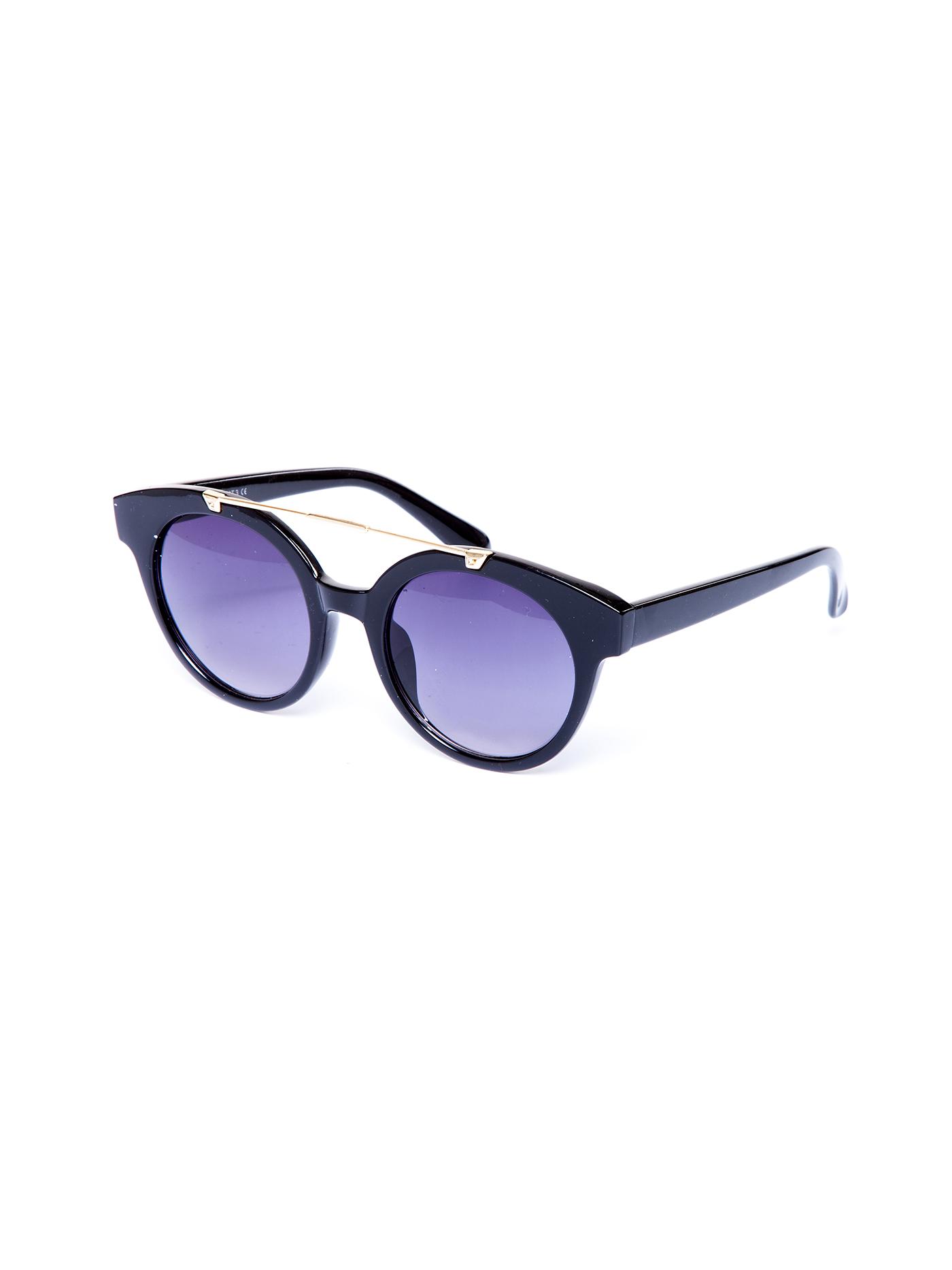 Солнцезащитные очки дефиле sunglassesДефиле<br>очки солнцезащитные<br><br>Цвет: Черный<br>Декор: Без декора<br>Стилистика: Без стилистики<br>Направление: Дефиле<br>Пол: Женский<br>Материал: 95% ПЛАСТИК,5%МЕТАЛЛ<br>Размер: -